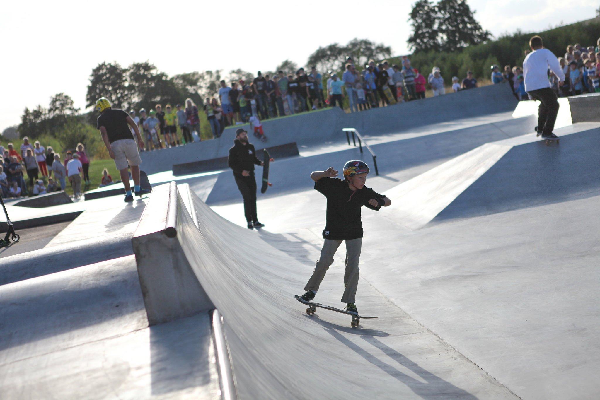 Skatare i Kävlinge skatepark.